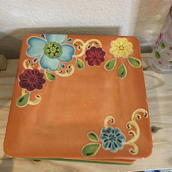Plastic Plates, Bowls And Cups Set for Sale in Lake Oswego,  OR