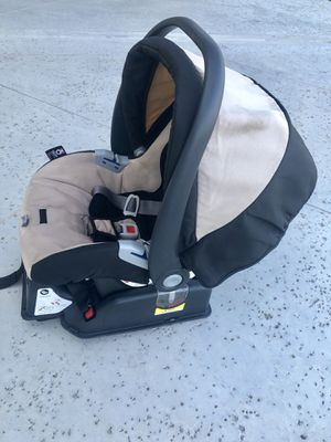 Peg Perego Infant Car Seat & Base for Sale in Tulsa, OK