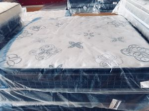 New King Extra Plush Pillowtop Mattress for Sale in Lynchburg, VA