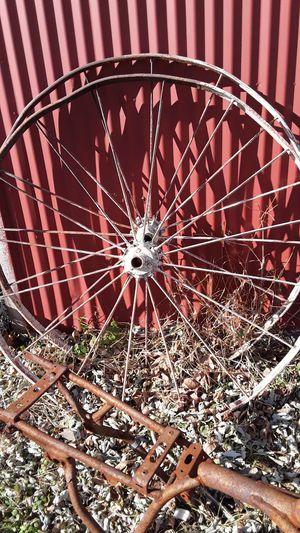 Rustic metal wagon wheels need gone asap for Sale in Wann, OK