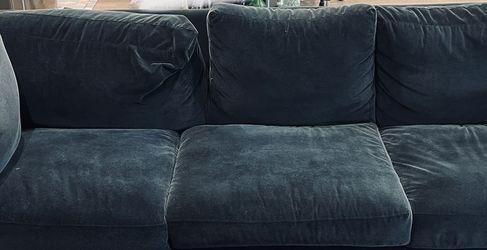 Crate & Barrel Luxury Deep Blue Velvet Sofa Original $2000 for Sale in Newark,  CA