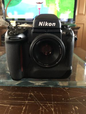 Nikon f-5 *film tested for Sale in San Marcos, CA