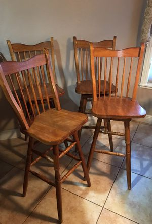 Light Brown Tall Wood Bar Stools for Sale in Las Vegas, NV