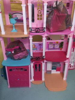 Barbie Dream House New Condition for Sale in Cranston,  RI