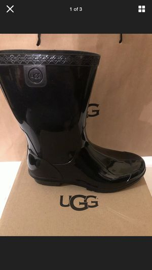 New UGG Raining Boots 👢 for Sale in Las Vegas, NV