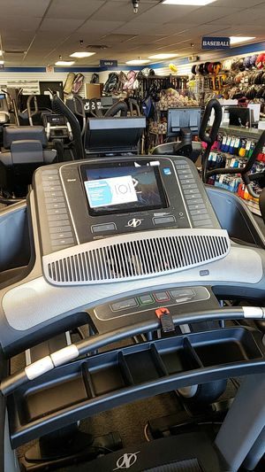 Nordictrack commercial 1750 treadmill for Sale in Glendale, AZ