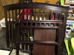 Baby bed and changing table for Sale in Columbus, OH