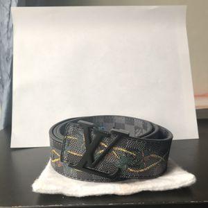 Louis Vuitton belt for Sale in Fairfax Station, VA