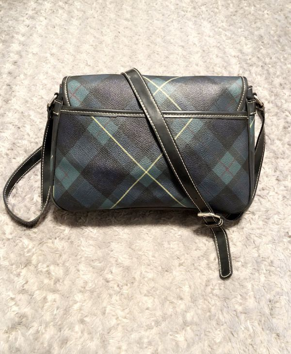 Vintage 90's Tommy Hilfiger crossbody bag like new! Amazing plaid shoulder bag with red lining interior zipper compartment.