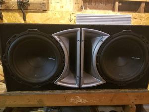 Amp and 12 inch sub for Sale in Creve Coeur, IL