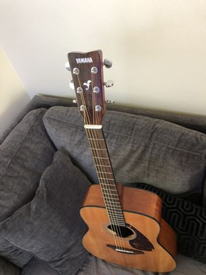 Yamaha FG-700S Full Size Acoustic Guitar for Sale in Fremont, CA