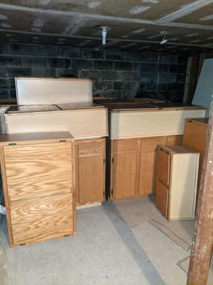 Two kitchen cabinets sets for Sale in Edison, NJ