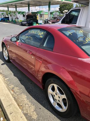 Ford mustang 2004 6 cylinder for Sale in Baltimore, MD