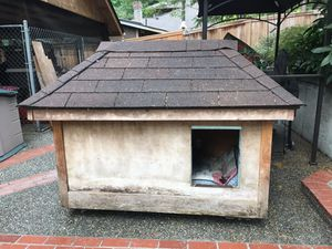 Hand built dog house for Sale in Snohomish, WA
