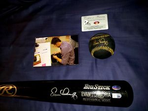 Evan Longoria Autographed/Signed Black Bat with silver Lettering And Black Ball With Gold Lettering and a Case For Both. for Sale in Pinellas Park, FL
