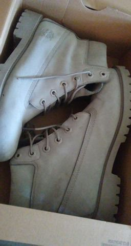Grey Timberlands size 7 for Sale in Cleveland, OH