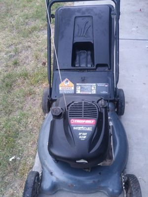Troy push lawn mower works great for Sale in Grand Terrace, CA