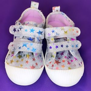 Cat & Jack Star Toddler Shoes Size 7 for Sale in Henderson, NV