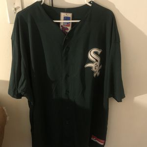 Chicago White Sox Majestic Men's MLB Coolbase Jersey 3XL for Sale in Chicago, IL