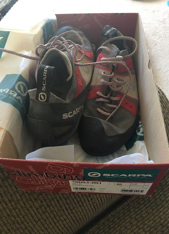 Scarpa climbing shoes (men's)