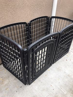 Dog kennel for Sale in Parlier, CA