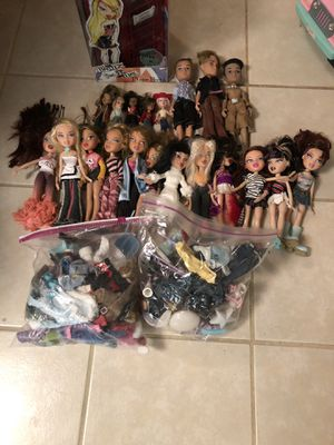 Bratz dolls, clothes, accessories for Sale in Addison, IL