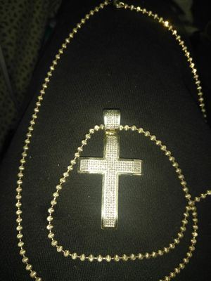 10k gold chain and cross for Sale in Bloomington, IL