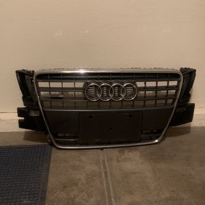 2010 Audi A5 Front Grill for Sale in Las Vegas, NV