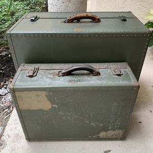 WWII Trunk & Suitcase for Sale in Jupiter, FL