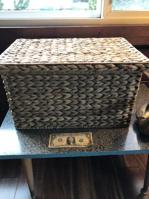 Crate and Barrel Seagrass Basket with Lid for Sale in Tacoma, WA