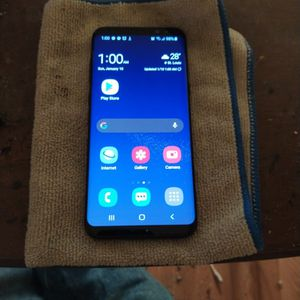 Galaxy S8 Plus Perfect Working Condition. for Sale in St. Louis, MO