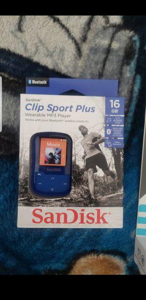 Sandisk mp3 player and bluetooth headphones for Sale in San Bernardino, CA
