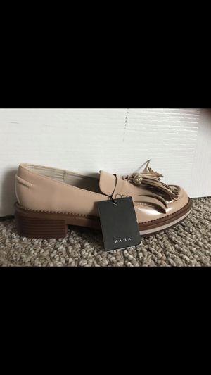 Zara fringe loafers brand new for Sale in Atlanta, GA