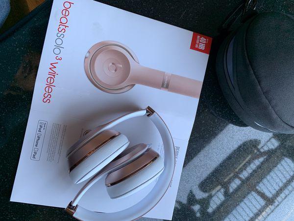Beats solo 3 wireless (rose gold, like new)