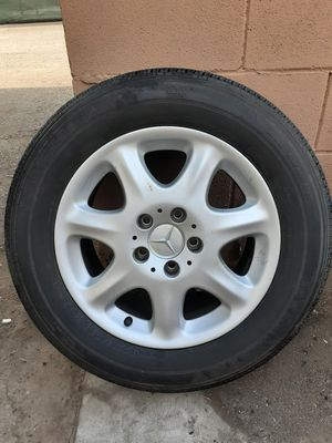 Mercedes stock rims with tires for Sale in Fresno, CA