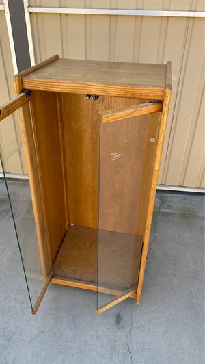 Wood/ glass display for Sale in Bakersfield, CA