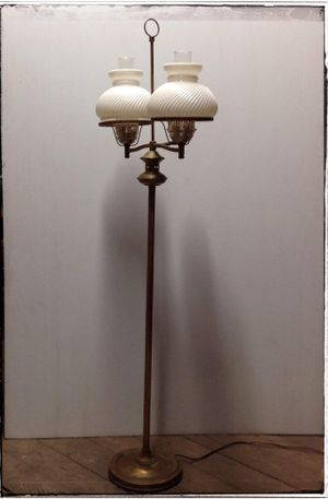 Vintage Mid Century Brass Floor Lamp Electric Light Opalescent Swirling Glass Globes Movie Prop for Sale in Cincinnati, OH