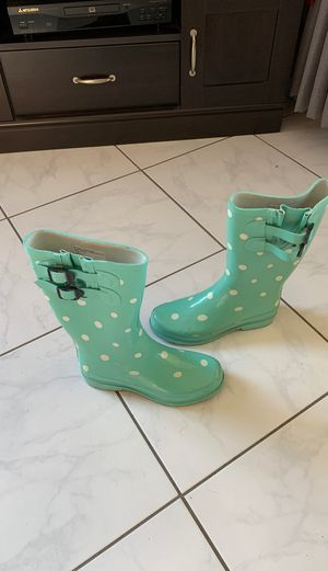 Women rain boots size 8 for Sale in Anaheim, CA