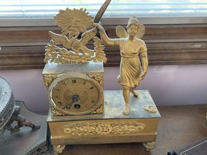 Vintage antique fairy gold clock for Sale in Queens, NY
