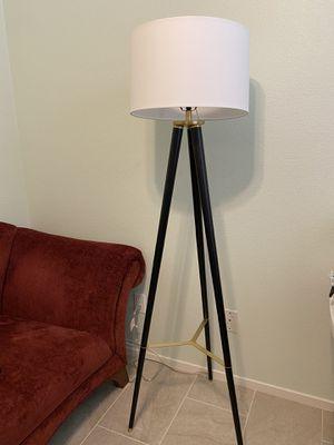 Beautiful lamp for Sale in Las Vegas, NV