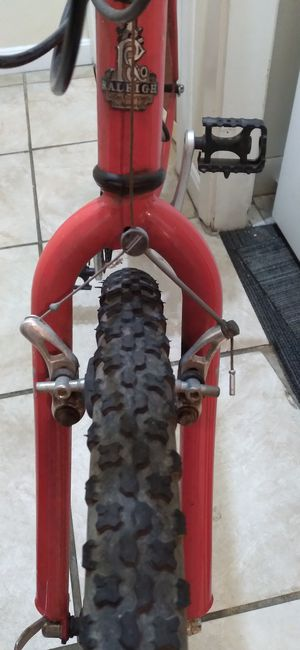 Raleigh 18.5inch mountain bike for Sale in Weymouth, MA