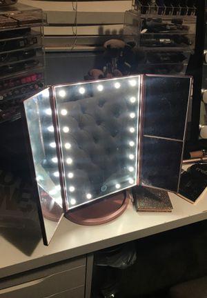 Vanity makeup mirror for Sale in Ontario, CA