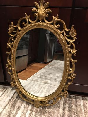 """Oval mirror size 19""""-29"""" good condition for Sale in Marysville, WA"""