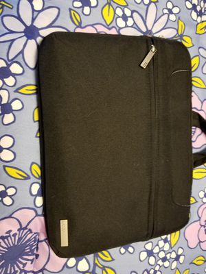 Lacdo waterproof laptop sleeve for Sale in Cleveland, OH