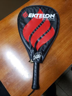 Tennis racket for Sale in Tyler, AL