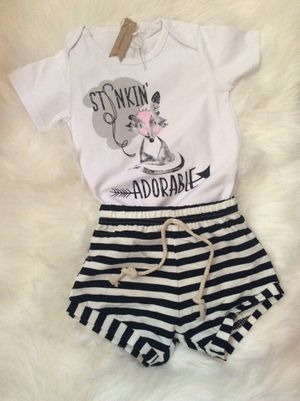 Baby girl outfit 2 pieces size 24 months for Sale in Los Angeles, CA