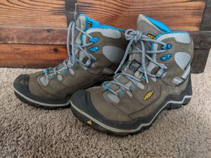 Keen Durand mid WP hiking boots, women's 7.5 for Sale in Tualatin, OR