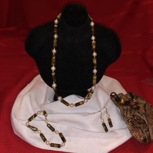 Pearl, Tiger Eye Barrel, and Gold Bead Set for Sale in Raleigh, NC