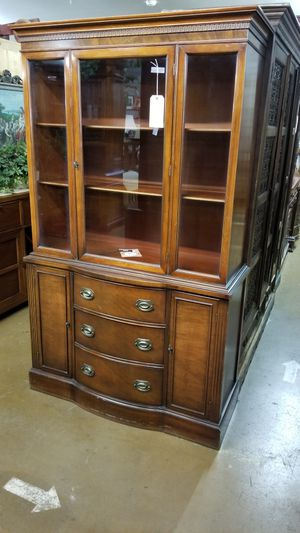 Antique china cabinet 🦃We are located at 2811 E. Bell Rd. We are Another Time Around Furniture for Sale in Phoenix, AZ