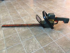 "22""inches Black & Decker Hedge Trimmer (Read Description) for Sale in Phoenix, AZ"